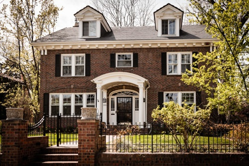Grand Colonial Revival Style